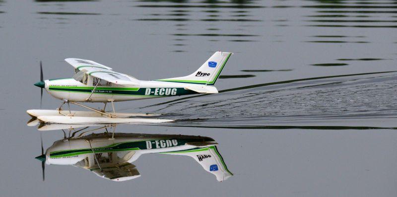 MIL 1442 Model Wasserflugzeuge Auf Dem Haidhofsee