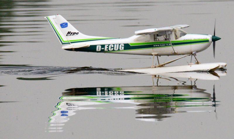 MIL 1445 Model Wasserflugzeuge Auf Dem Haidhofsee
