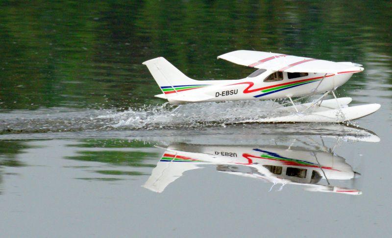MIL 1454 Model Wasserflugzeuge Auf Dem Haidhofsee